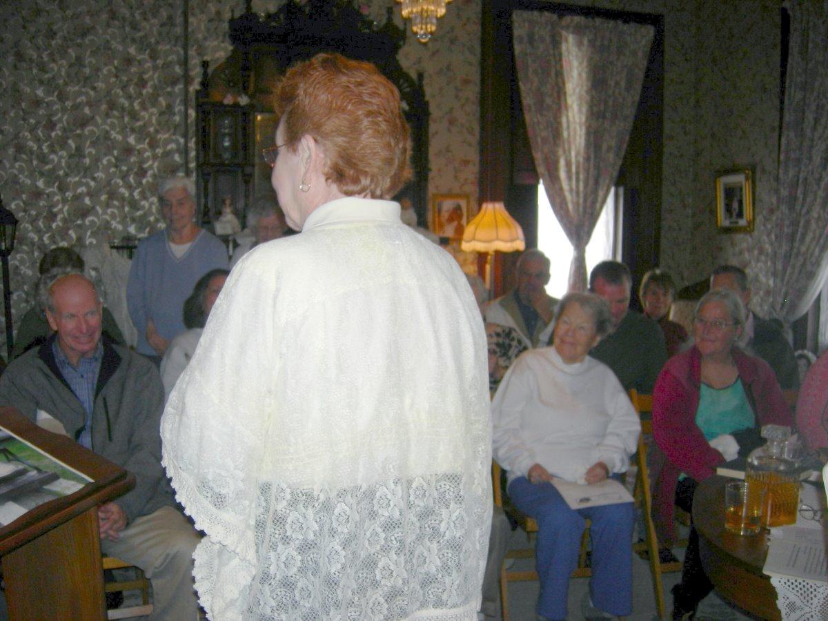 Janet Keller & crowd-op